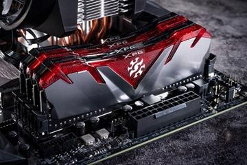 XPG GAMMIX D30 DDR4 RAM satışa sunuldu